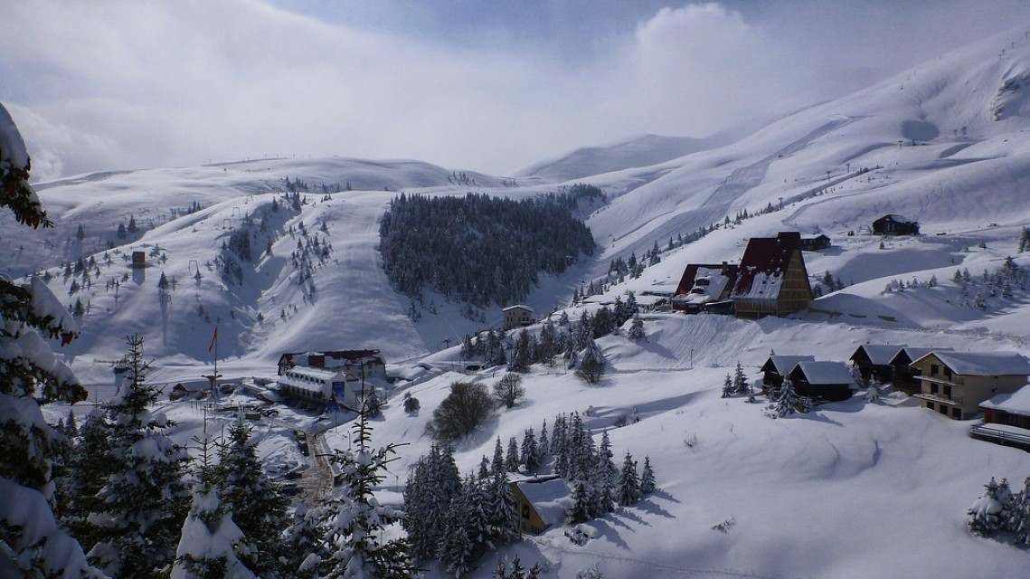 Popova Shapka ski resort will appeal to powder hounds looking for a sense of adventure and something completely different